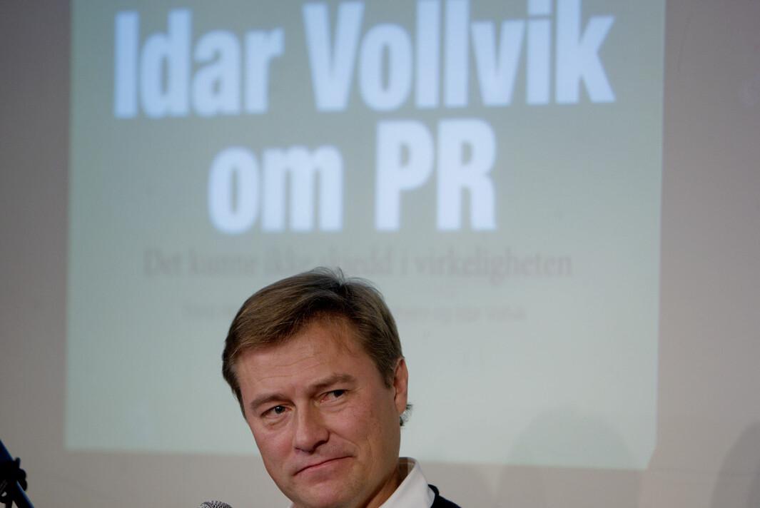 Idar Vollvik under lanseringen av boka Idar Vollvik om PR, «Det kunne ikke skje i virkeligheten» på Litteraturhuset i Oslo tilbake i 2009 . Foto: Stian Lysberg Solum / SCANPIX