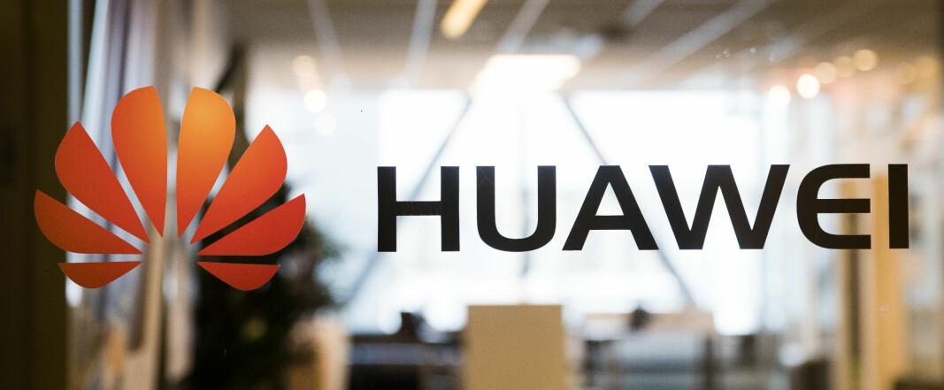 Huaweis norske PR-topper sier de stiller seg bak selskapets budskap.