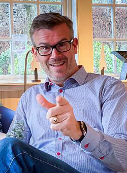 Fredrik orker ikke regnfulle Bergen i julen – Reiser heller til fjells