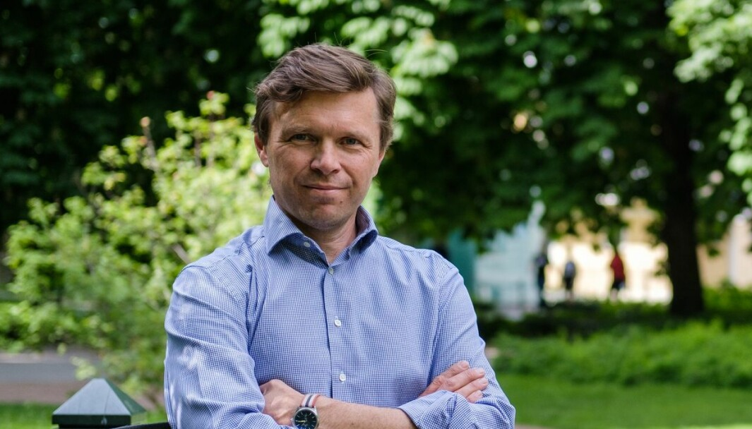 Byråleder Axel Revheim i Nucleus, inntar Bærekraftshuset i Arendal i august.