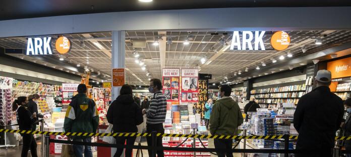 FHI-overlege kritiserer bokhandel: – Villedende reklame