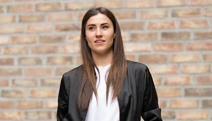 Mari Oshaug tror den nye logoen vil fungere på bra på små digitale flater.