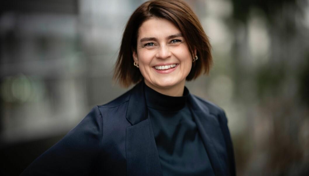 Maria Nakken går fra GK til Apeland og skal blant annet arbeide med mediekontakt og medietrening.