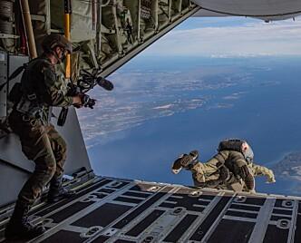 Over en million har sett videoene som de vernepliktige i Luftforsvaret har laget
