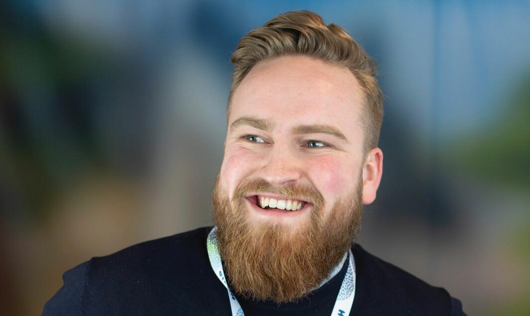 Humor som virkemiddel kan bidra til å øke engasjement og med det, til syvende og sist, de unges deltagelse i politiske debatter, skriver digital rådgiver Christian A. Schjelderup i Høyre.