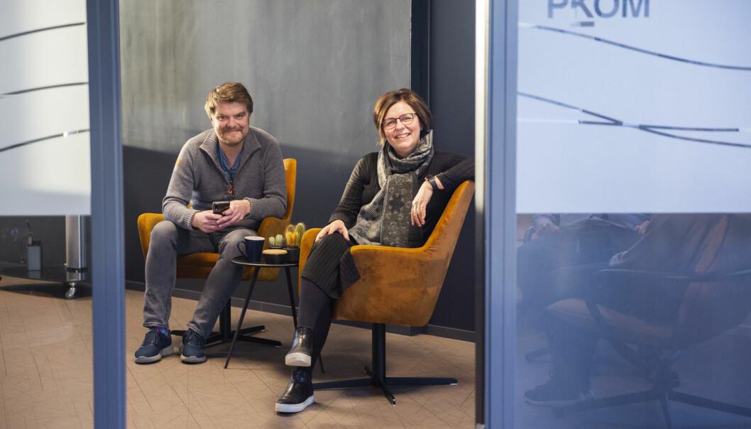Partnet Torkil Marsdal Hanssen sammen med partner og daglig leder Turid Hatling Finne i PKOM.