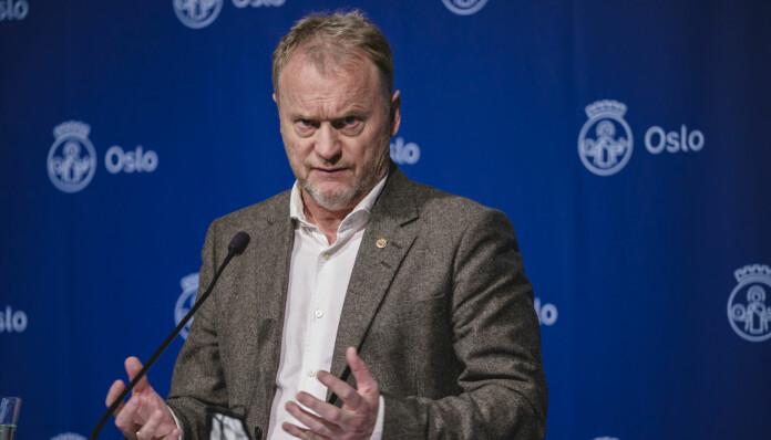 Oslo 20210201.  Byrådsleder Raymond Johansen orienterer om koronasituasjonen og hvilke tiltak som skal gjelde i Oslo fra onsdag 3. februar. Foto: Stian Lysberg Solum / NTB