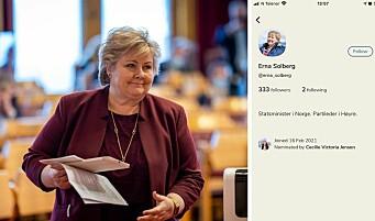 Statsminister Erna Solberg har egen SoMe-telefon – Nå er hun på Clubhouse