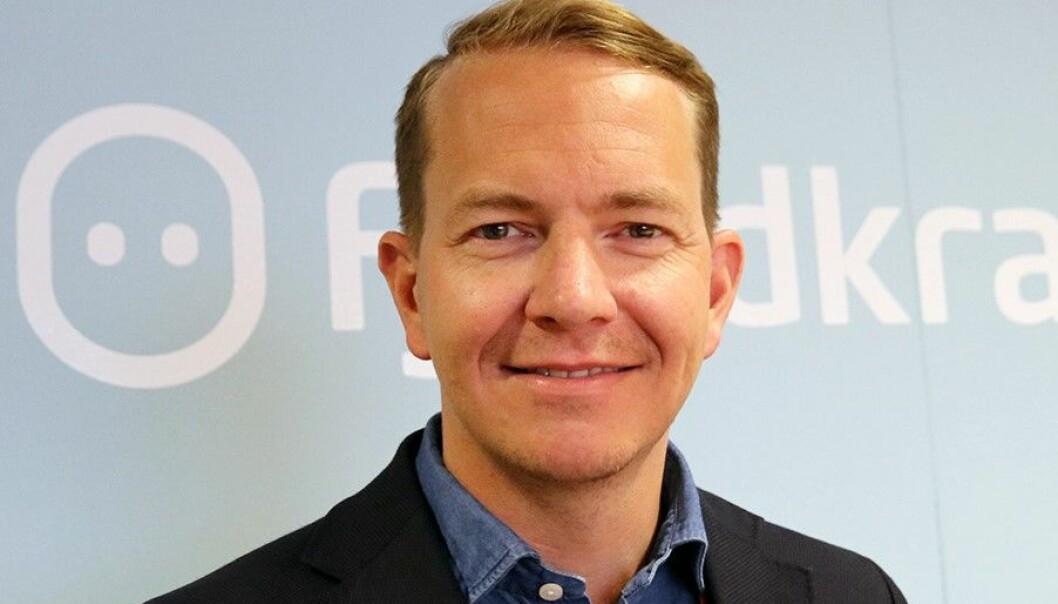 Stian Madsen er sponsorsjef i Fjordkraft. Han sier det ikke er aktuelt for de å sponse klubber som inngår avtaler med land eller selskaper i land som ikke følger Fjordkrafts krav. Da trekker selskapet seg fra videre samarbeid.