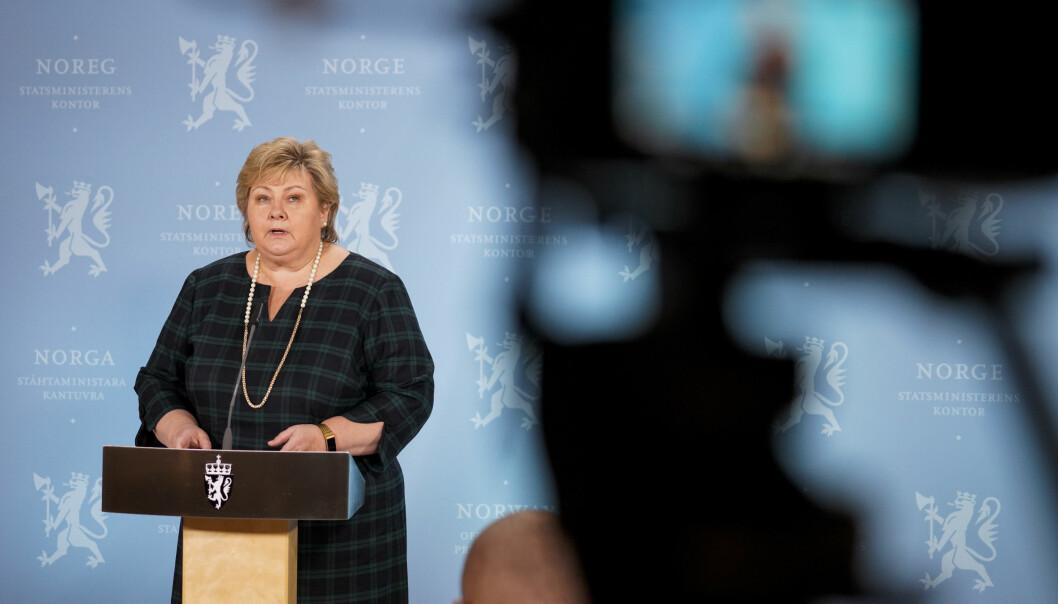Oslo 20210302.  Statsminister Erna Solberg møter pressen på Statsministerens kontor tirsdag kveld. Foto: Heiko Junge / NTB