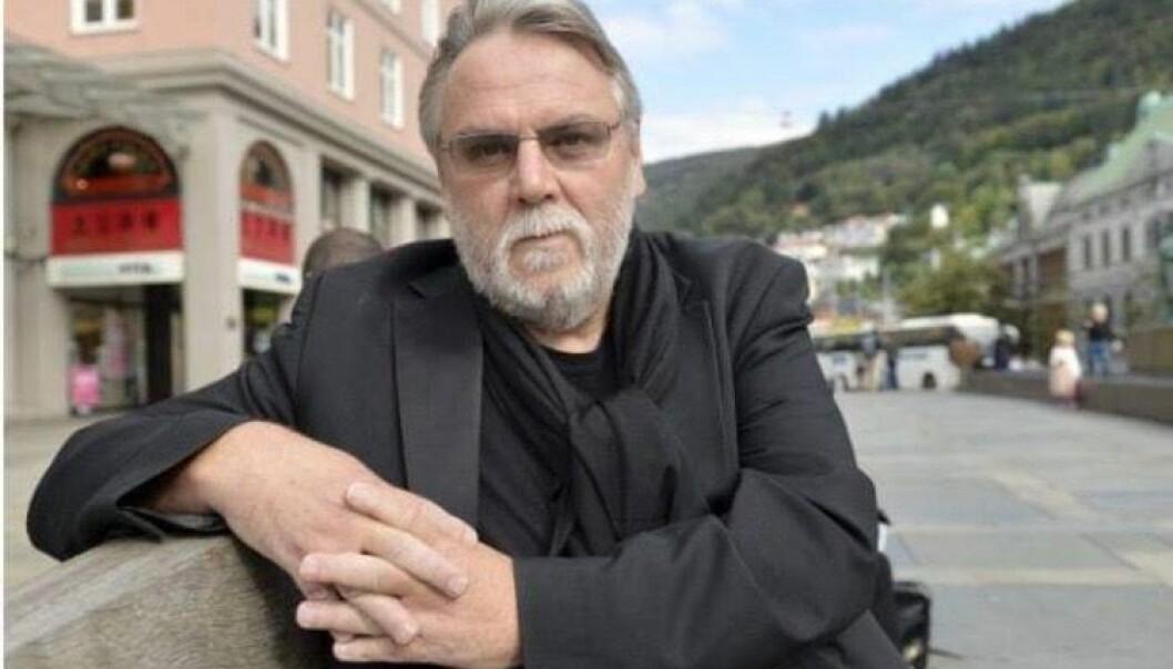Finn Bjørn Tønder prøver seg i teaterverden nok en gang. Sist gang endte det i bråk.