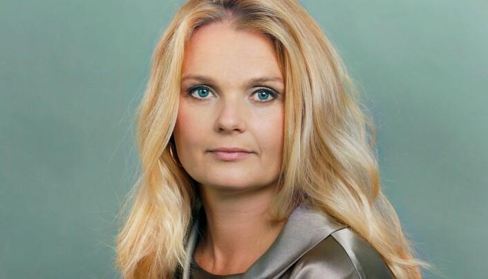 Hilde Ebeltoft-Skaugrud sier de må være konkurransedyktige for å hente inn den kompetansen de har behov for.