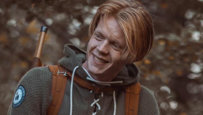 Odin Oddekalv Skogen sluttet på videregående skole for å drive med kommunikasjon