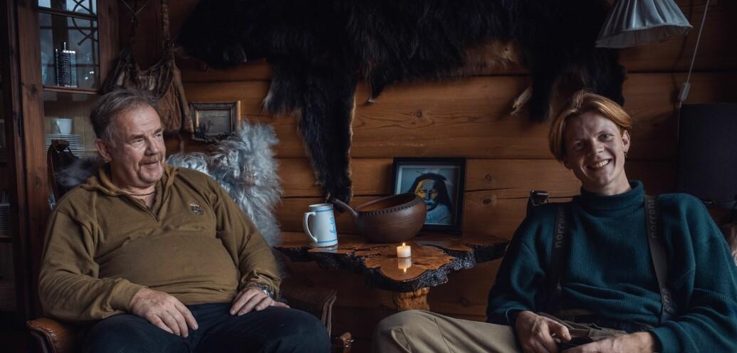 Odin Oddekalv Skogen sluttet på videregående for å drive med kommunikasjon