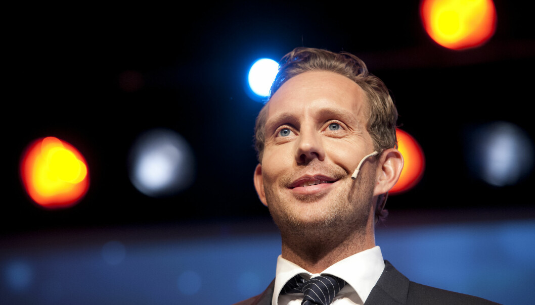 Morten Ramm gjør narr av Red Dentsu Xs reklamespråk