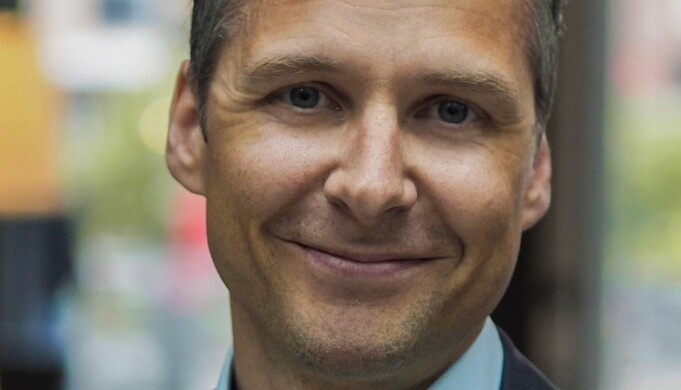 Nordic Chief Digital Officer, Christian Øvregaard, i Sats forteller at de nå skal etablere en ny enhet med fokus på hjemmetrening.