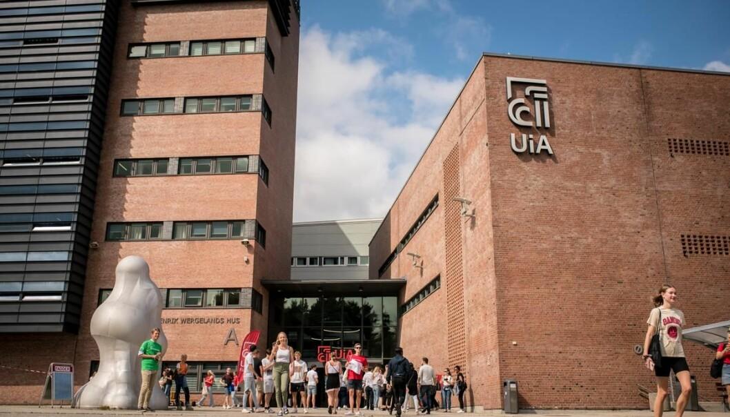 Universitetet i Agder leter etter ny kommunikasjonsdirektør.
