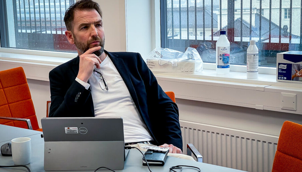 Arne Eithun når han får høyra han må laga ei «faseforskjøvet pressemelding».