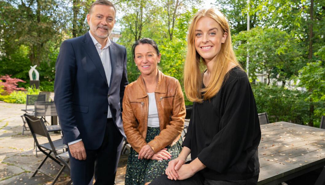 Daglig leder i Kruse Larsen, Jan-Erik Larsen (t.v) og administrerende direktør i Pressure, Celine Gran (t.h). Her fotografert sammen med Birgitta Pagot fra svenske Reform Society, som er medier i Pressure og del av det nye nettverket ComNordic.