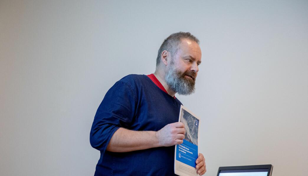 Seniorrådgiver for kommunikasjon og science-policy, Sverre Ole Drønen, snakker på en workshop under Bærekraftskonferansen i Bergen i februar 2020.