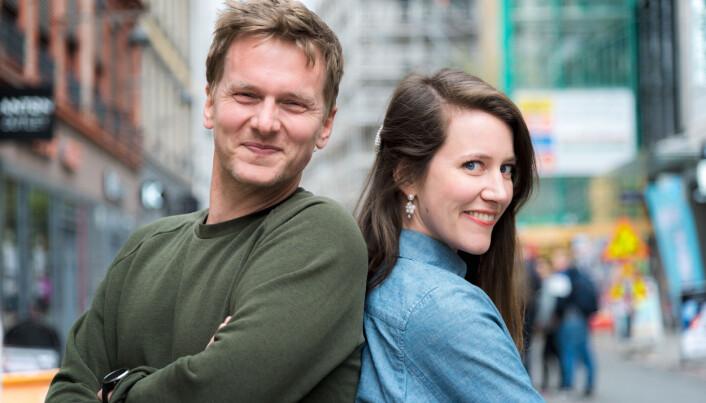 Daglig leder i NewsLab Kristine Roe Hammer (t.h) sammen med en av NewsLab-gründerne, Joakim Thorkildsen. Han har jobbet tett med Visit Norway og «Weekly Stories»-konseptet.