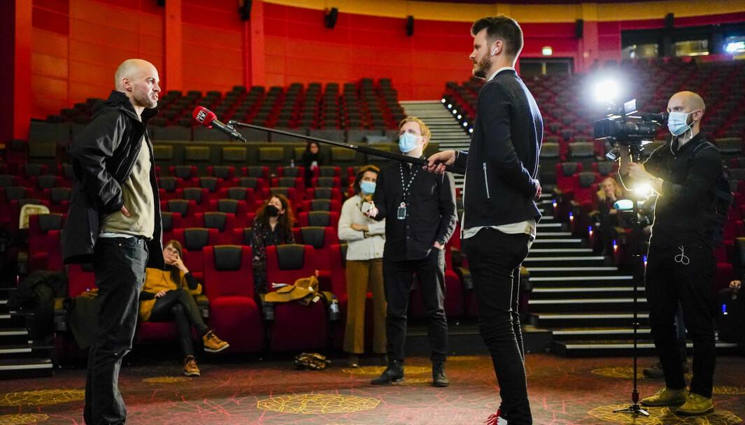 Anders Hammer under en pressekonferanse om Oscar-nominasjoner på Colosseum kino i Oslo. «Do Not Split», som er regissert av nordmannen ,er Oscar-nominert for beste kortdokumentar. Det er nå kjent at Hammer ikke vant pris under nattens utdeling.