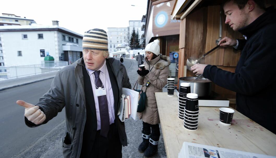 Storbritannias statsminister Boris Johnson er i krig med sin gamle spinndoktor.