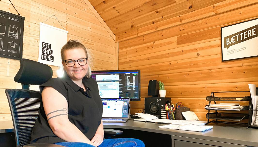 Agnes Beate Hamland startet Døkti Design høsten 2019. Til tross for at hun kommer fra den en liten plass i Ytre-Namdal med et lite marked for grafisk design, har hun mer enn nok å jobbe med i dag.