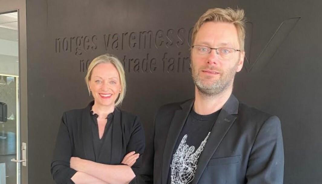 Administrerende direktør Gunn Helen Hagen i Norges Varemesse sammen med Robert Kippe som blir hennes nye kollega fra mandag av. Kippe entrer da rollen som kommunikasjonssjef.
