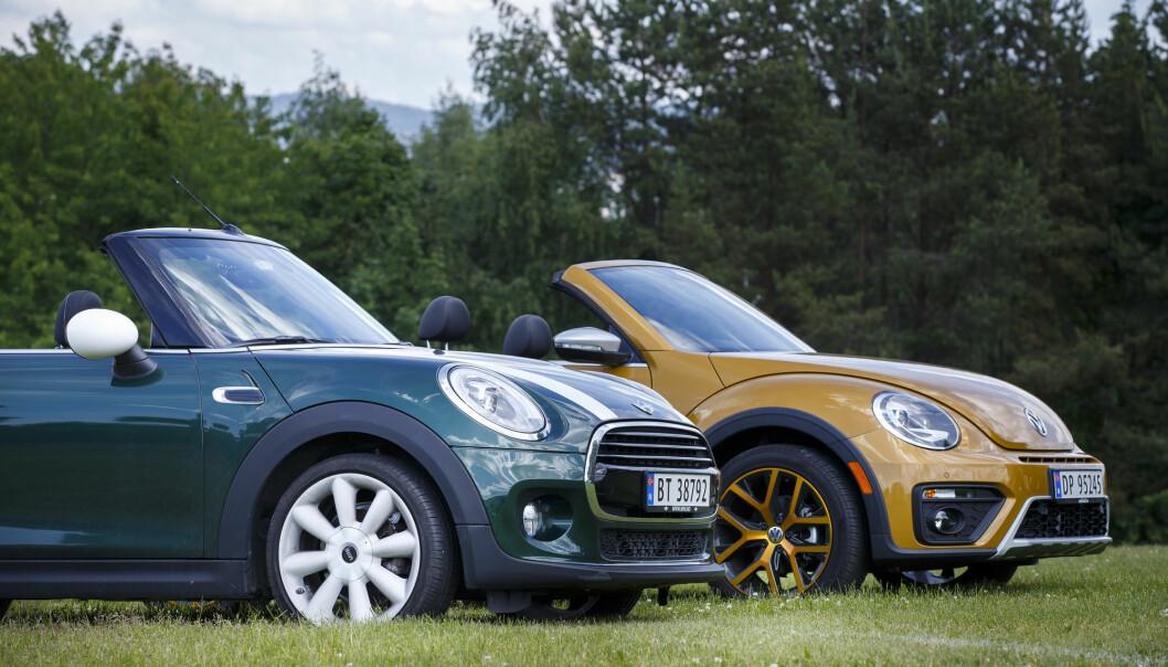 Volkswagen Boble Dune Cabriolet og Mini Cooper Cabriolet. Foto: Heiko Junge / NTB