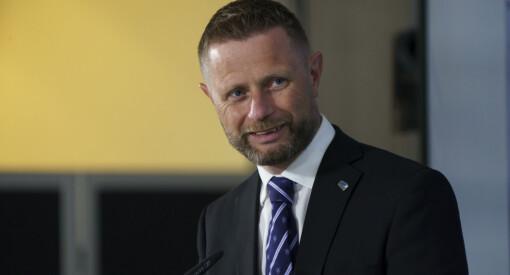 Høie mener norske sykehus er beskjedne når det gjelder bruk av eksterne kommunikasjonstjenester