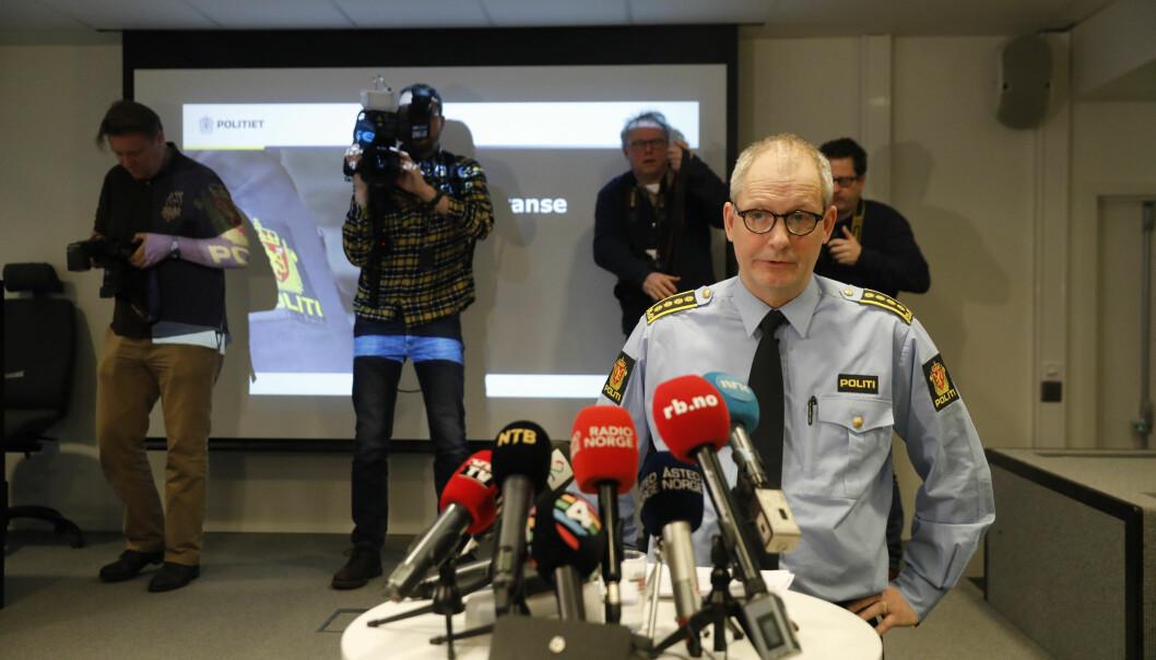 Politi og lensmannsetaten har inngått kommunikasjonskontrakter med tre byrå.