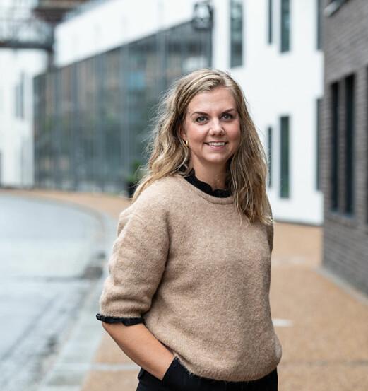 Helene forlater jobben som markeds- og kommunikasjonsansvarlig for å bli nettredaktør
