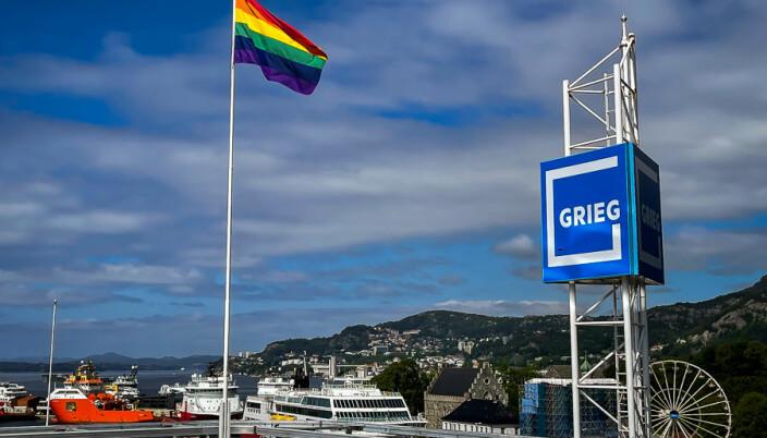 Hos Grieggruppen i Bergen vaier Pride-flagget i juni.