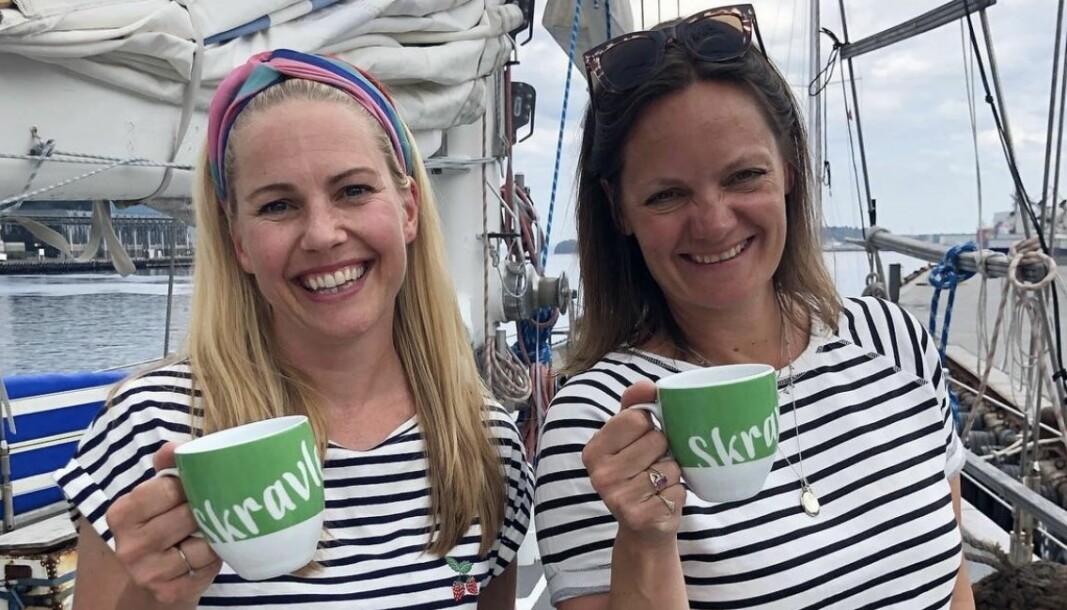 Konseptet Skravlekopp skal oppfordre folk til å snakke sammen og inkludere hverandre i hverdagslige aktiviteter. Bak konseptet står Venke Knutson og Ingrid Remvik Leirvik.