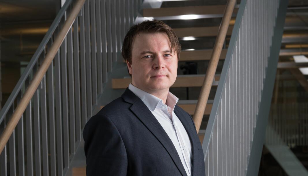Kommunikasjonsrådgiver i DNB, Vidar Korsberg Dalsbø setter pris på kritikk og tilbakemeldinger, og er alltid åpen for å teste nye ting.