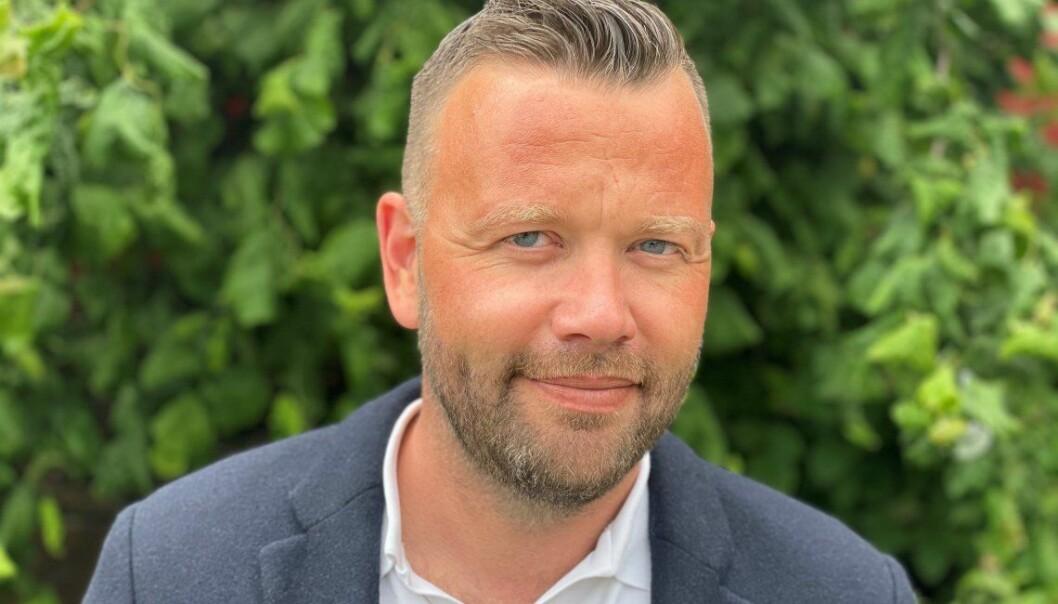Petter N. Toldnæs har tidligere hatt ansvar for kommunikasjonsstrategi og kanalstrategi, vært pressetalsmann og redaktør, og vært foreleser og kursholder i medietrening og kommunikasjon, blant annet på UiA