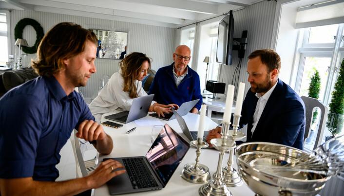 Robin Krüger, Trine Hox, Kjetil Try og Sindre Beyer deler hus og jobber sammen under Arendalsuka..