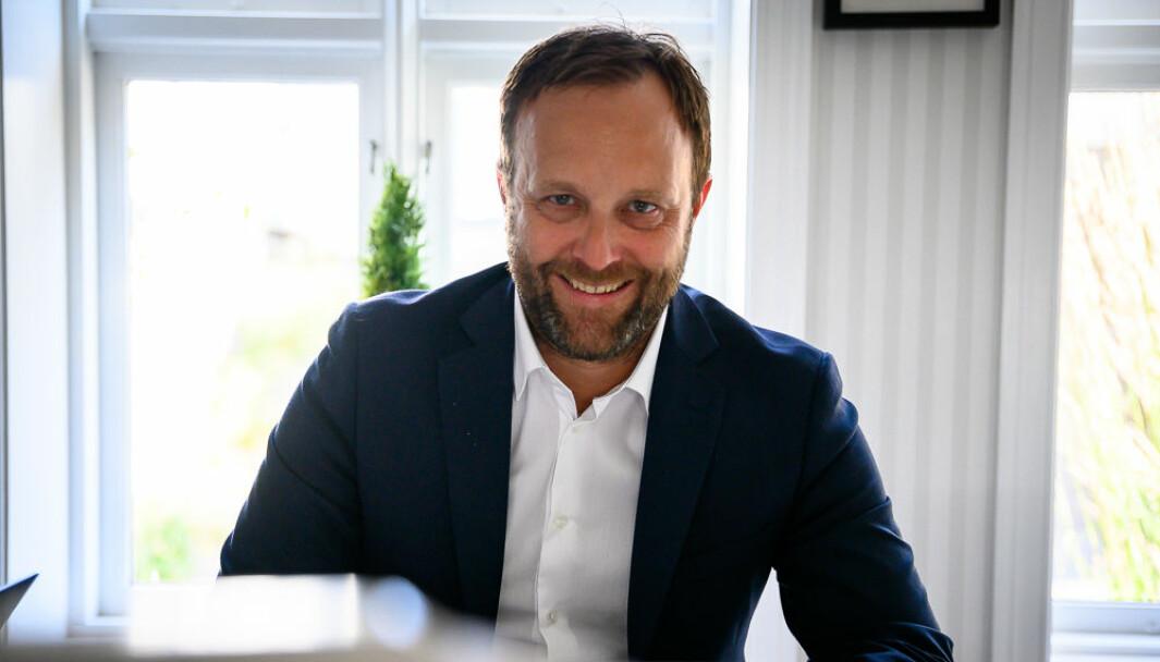 Sindre Beyer leder Try Råd. Byrået skal nå kurse ledere og medarbeidere i Statens vegvesen i medietrening.