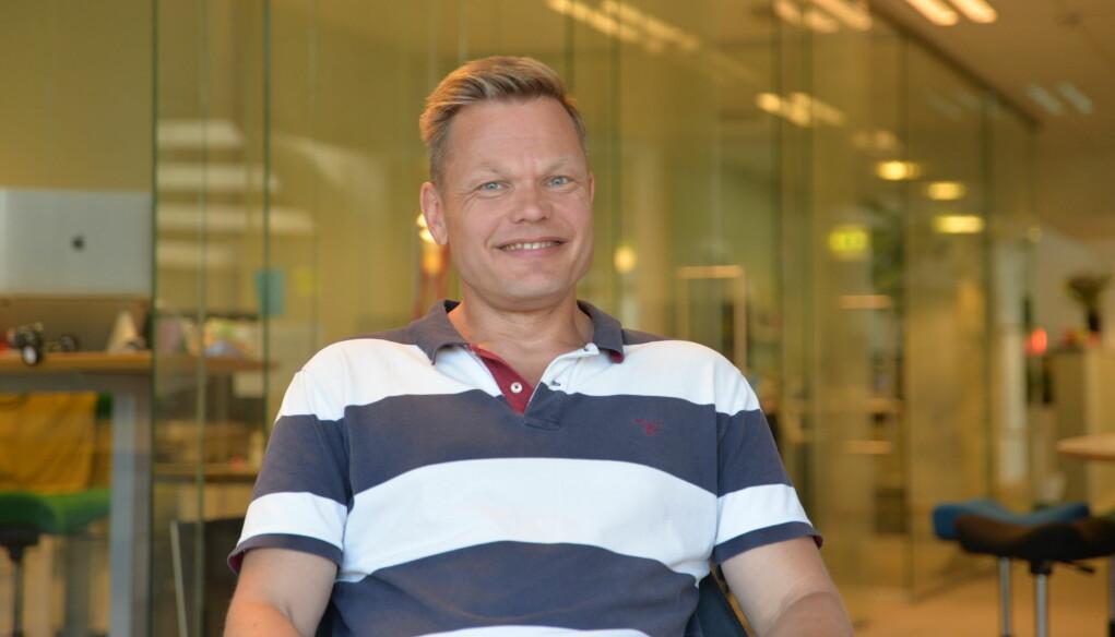 Senior kommunikasjonsrådgiver i Innoventi, Peder Tellefsdal, forteller om hvilke muligheter han setter pris på i jobben som kommunikasjonsrådgiver i et mindre kommunikasjonsbyrå.