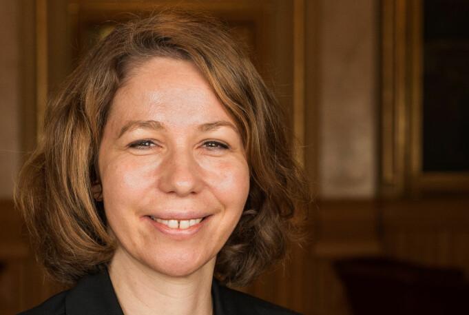 – Skal vi nå ut til de unge må vi tørre å være uhøytidlige samtidig som vi er relevante og tilfører kunnskap, sier Mona Mortensen Krane.