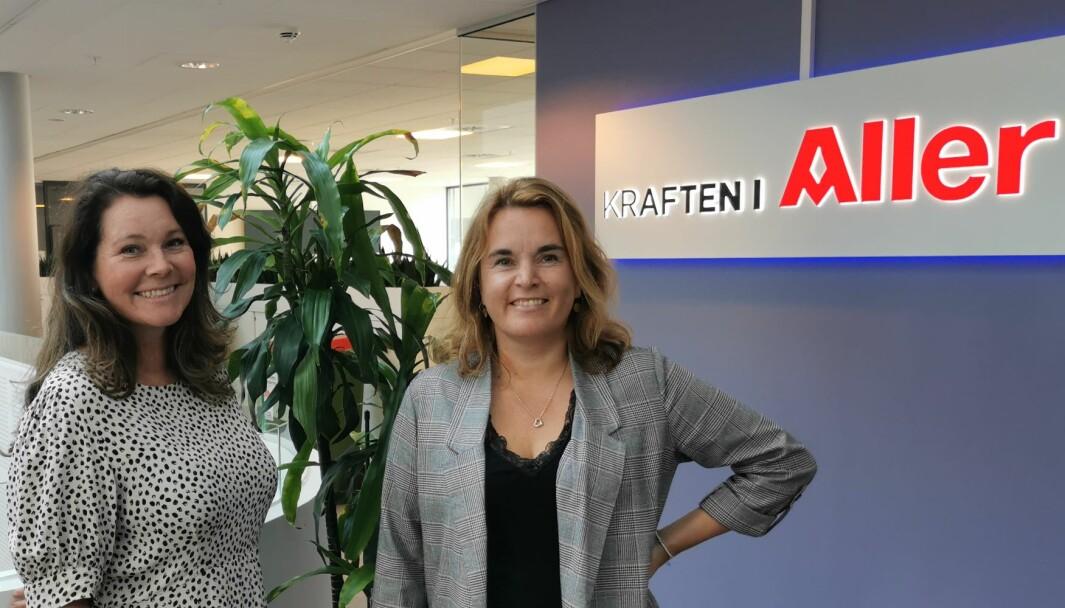 Regine G. Sandberg (f.v) ønskes velkommen til Aller Media av Yngvild Nesheim, Head of Adtech i Aller Media.