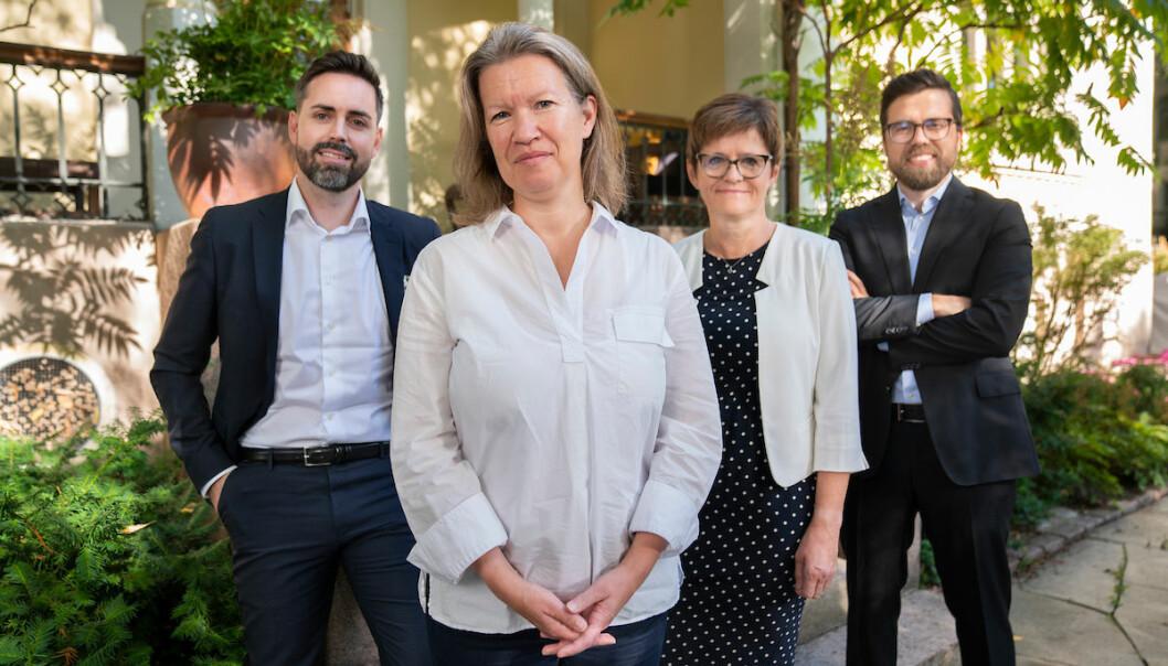 Kruse Larsen har fått tre nye partenere, (f.v.) Petter Kvinge Tvedt, Anne Therese Gullberg, styreleder Lisbeth Berg-Hansen og Christopher Amundsen Wand.