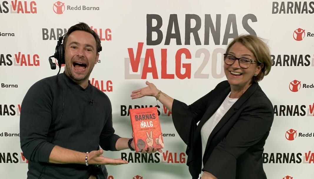 Stortingspresident Tone Trøen stilte i Barnas Valgshow sammen med Stian Barsnes-Simonsen for å snakke om hvorfor Norge regnes (av FN) som verdens mest velfungerende demokrati.