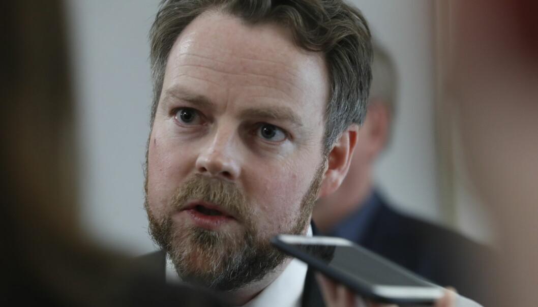 Nåværende arbeids- og sosialminister,. Torbjørn Røe Isaksen (H). Hvem som blir hans nye arvtager, ettersom ny regjering skal på plass, er ennå ikke sikkert.