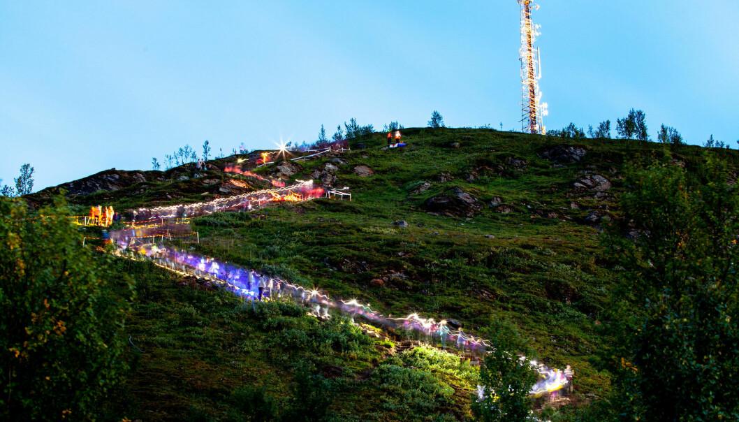 Forrige gang var det nattevandringer som satte bærekraftsmålene på kartet, nå skal Norad gå litt spissere til verks for å treffe nye grupper med bærekraftskommunikasjon. Her et bilde fra nattevandringen i Tromsø i 2019.