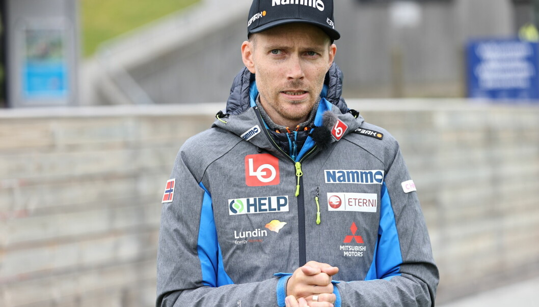 Markedssjefen i Norges Skiforbund, Bjørn Einar Romøren har sagt opp sin stilling som markedssjef for hopp.
