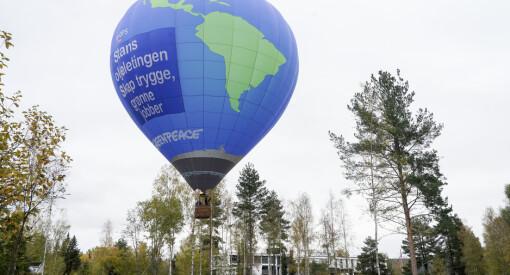 Diger varmluftsballong ved forhandlingshotellet i Hurdal