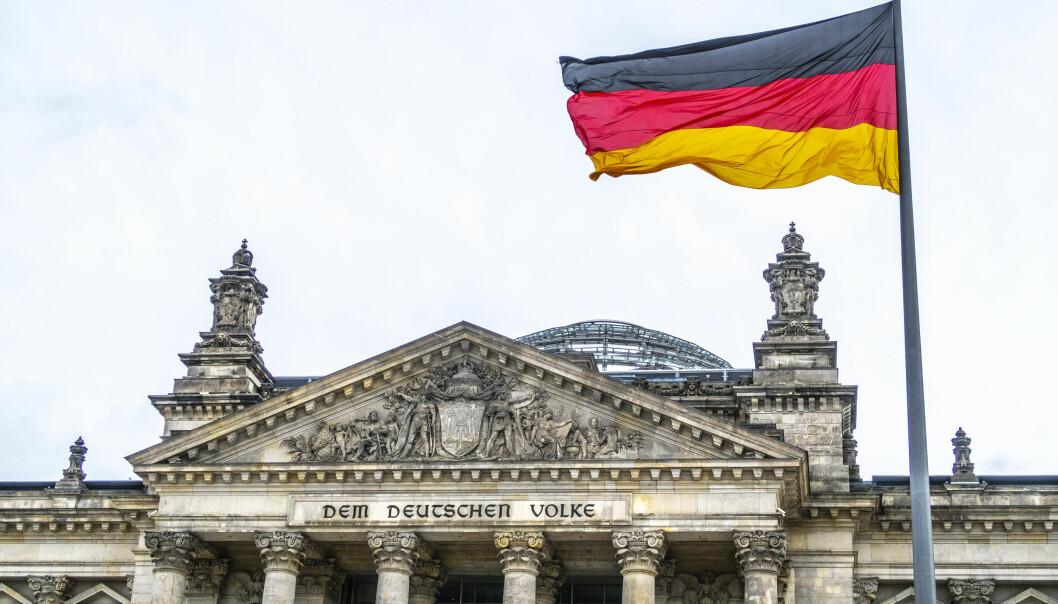 Det tyske familie- og kvinnedepartementet mener at det i statlig kommunikasjon ikke bør tas i bruk spesielle tegn som gjør ord kjønnsnøytrale.