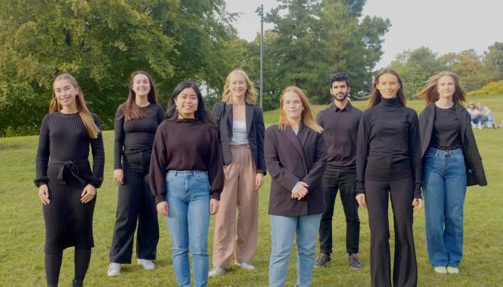 Oslo-laget. Fra venstre: Martine Tennholm, Matilde Fagerland, Jenny Tran, Anne Marie Sjøholt, Nora Farstadvoll, Arman Ghodreti, Suzanne Bettum og Lina Stenlund.